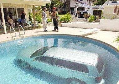 parked-car-under-water.jpg