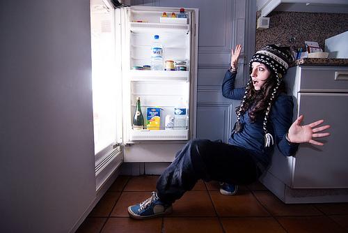 guy-fridge.jpg