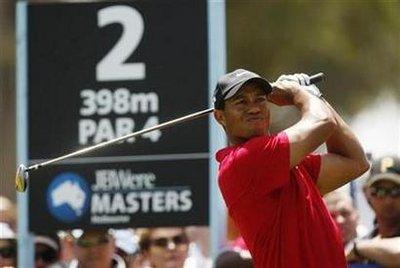 tiger-golfing.jpg