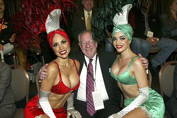 mayor-oscar-goodman-at-2007-nba-all-star-weekend-2-17-07.jpg