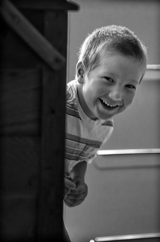 kid-around-corner.jpg