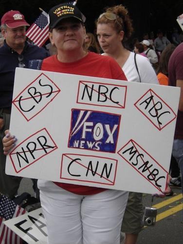 fox-news-sign.jpg