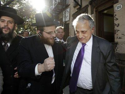 carl-paladino-fisting-jews.jpg