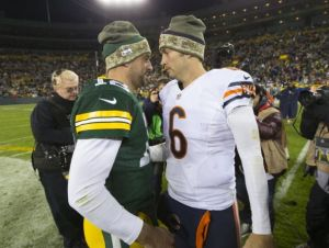 jay-cutler-aaron-rodgers-nfl-chicago-bears-green-bay-packers-590x900
