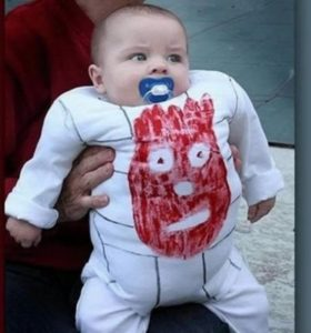 kid-dressed-as-wilson